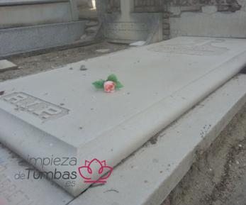 mantenimiento tumba piedra porosa