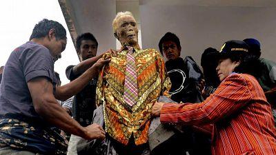 muertos vivos indonesia